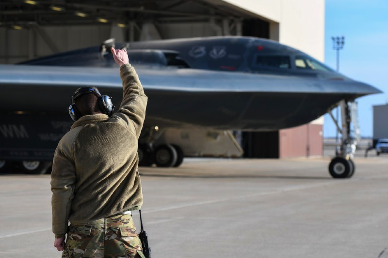 B-2 Spirits take off from Whiteman AFB